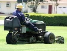 Como remover o selo cárter de óleo em um gramado trator John Deere série L