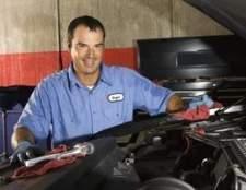 Como reparar um vazamento de óleo diferencial em uma fuga 2005 ford