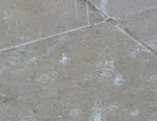 Como reparar concreto que foi chovido