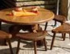 Como areia uma mesa de madeira