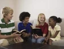 Idéias para ensinar as crianças a partilhar jesus