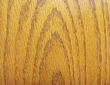 Empenamento normal em pisos de madeira