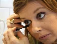 A melhor maneira de aplicar o eyeliner