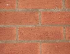 A maneira correta de construir um peitoril da janela de tijolo