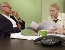 O que os empregadores verificar se há em uma verificação de antecedentes?