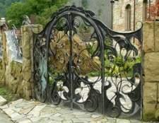 O que é uma cerca de ferro forjado?
