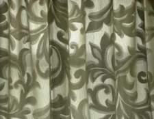 O quarto cor vai com cortinas verdes?
